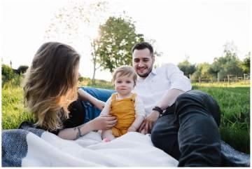 Photographe bébé Lille - Un joli shooting en fin de journée