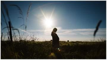 Photographe grossesse près de Lille pour des portraits en extérieur