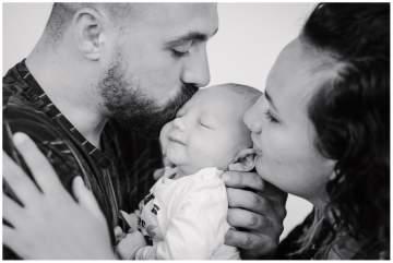 Photographe bébé proche de Lille pour un shooting naissance en studio