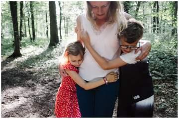 Photographe famille près de Lille pour un shooting en forêt