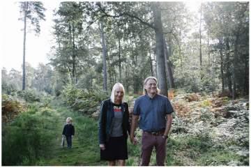 Séance photos famille dans la forêt de Marchiennes
